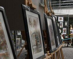 Lüleburgaz Belediyesi'nde resim sergisi açıldı